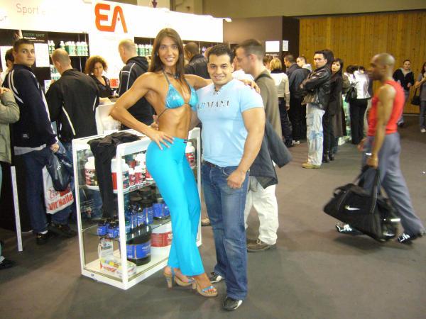 Le salon mondial du bodybuilding paris 2008 super fit for Salon mondial du fitness